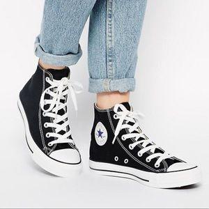 Converse Chuck Taylor All Star Hi Sneaker, sz 6